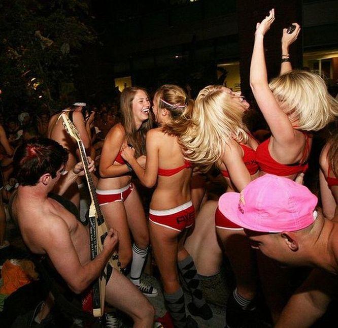 Офигенный секс на вечеринке видео пробный