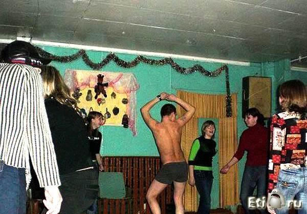 Порно в сельском клубе 80
